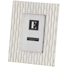 Cream  vertical  Wave Photo  Frame